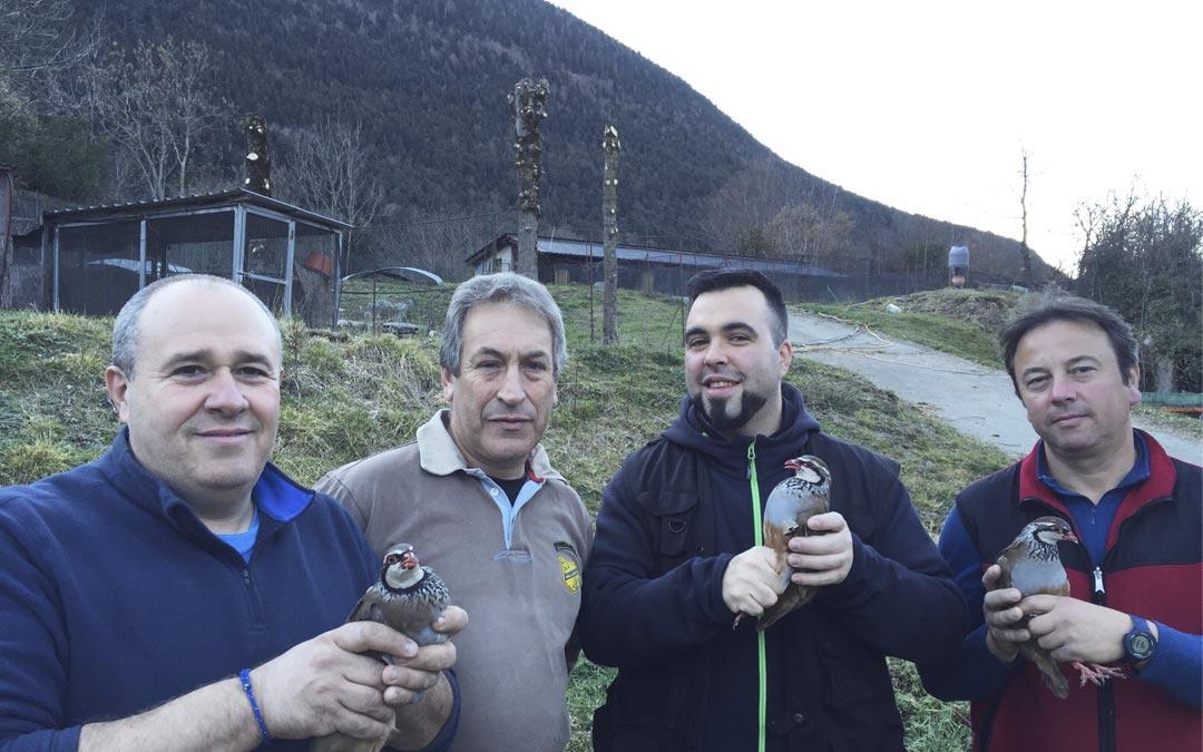 Continúa la repoblación de perdices en Aran, por parte de la Societat de Caça e Pesca Val d'Aran